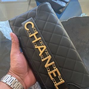 CHANEL 20 COLLECTION NEW LOGO CLUTCH BAG